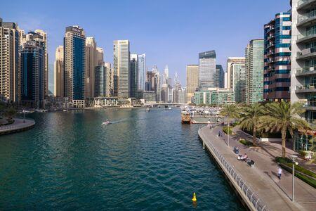 DUBAI, UAE, JANUARY 08, 2019: View of Dubai Marina on a warm sunny day Redactioneel