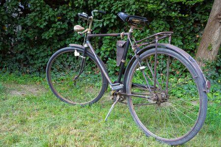 handlebars: Old brown bicycle, photography