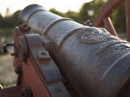 a cannon to ward off enemies from afar Zdjęcie Seryjne