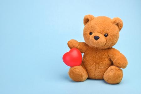 Teddy bear with heart love concept Reklamní fotografie