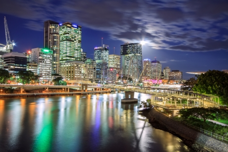 view on Kurilpa footbridge in Brisbane at night