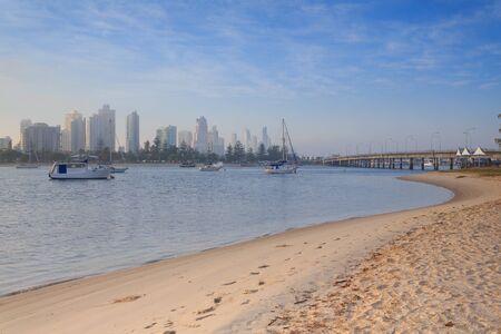 qld: Australian foggy morning along Main Beach suburb  (Gold Coast, Southport, QLD, Australia) Stock Photo