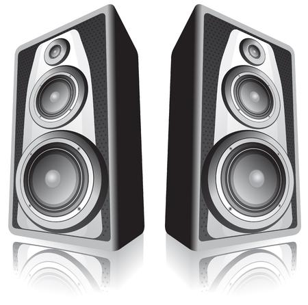 Zwei Lautsprecher isoliert auf weißem Hintergrund