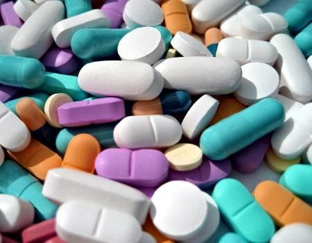 blister: tabletten van kleurrijke achtergrond en kan textuur