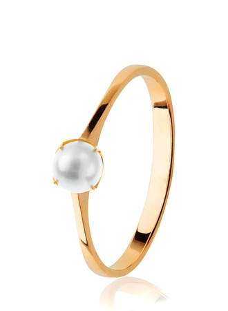 Golden Wedding Ring with pearl Stock Photo - 18921855