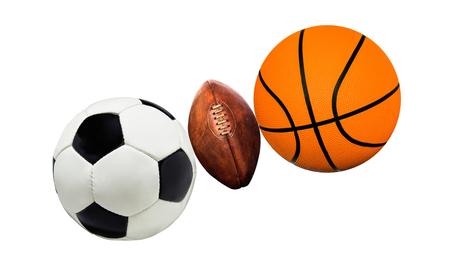 balones deportivos: Un grupo de bolas de los deportes en un blanco