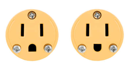 grounded plug: outlet isolated