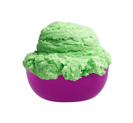 ice cream i a bowl