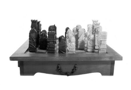 gamesmanship: piezas de ajedrez de madera tallada Foto de archivo