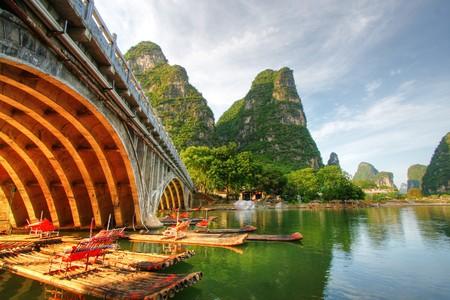 桂林市、中国の李川カルスト山の風景 写真素材