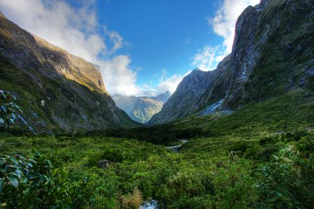 New Zealand wild mountain and water landscape photo