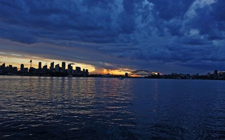 manly: Sydney at dusk, viewed from the Manly ferry Stock Photo