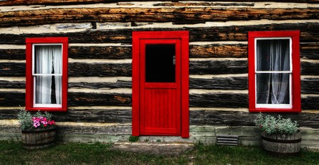 log shack in the Canadian countryside; Stock Photo - 7927542