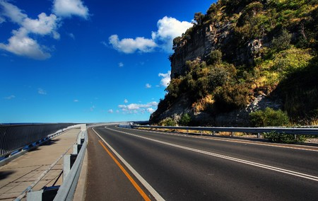 Sea Cliff Bridge along the Grand Pacific Drive Stock Photo - 7979558