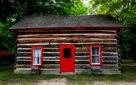 log wall: log shack in the Canadian countryside;  Stock Photo