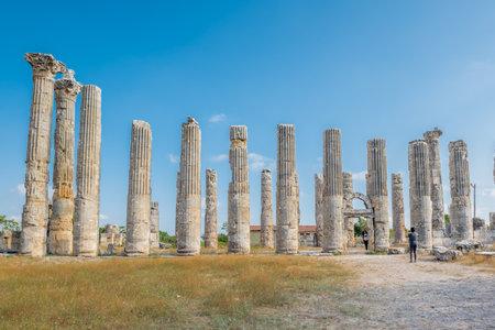 Unidentified tourists walking and exploring Zeus temple at Uzuncaburc Ancient city located in Uzuncaburc,Silifke,Mersin,Turkey.29 August 2017 Redakční