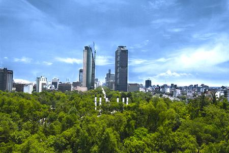 bluesky: Mexico city. Reform view Editorial