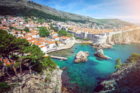 크로아티아 두브 로브 니크의 옛 마을의 파노라마 스톡 콘텐츠