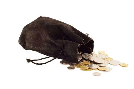 4d3bf13204c22  38202496 - Alte schwarze Tasche mit Geld-Münzen isoliert auf weißem  Hintergrund