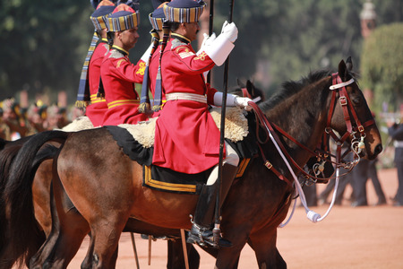 ceremonial clothing: New Delhi, India � February 25, 2012: Changing of the guard at the Rashtrapati Bhawan, the residence of the President of India in New Delhi, National Capital Region, North India Editorial