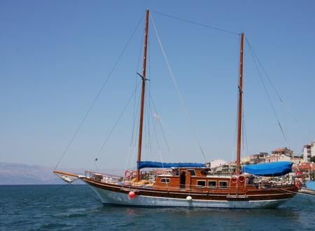 gullet: Barco turco tradicional o Caico