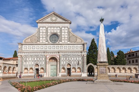 Basilika Santa Maria Novella in Florenz Italien Standard-Bild - 41822925