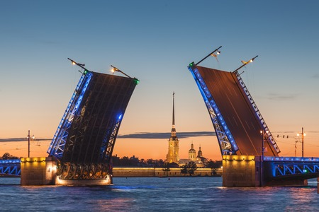 drawbridge: White nights in Saint-Petersburg - the opening of the Palace drawbridge, a view of the Peter and Paul Cathedral