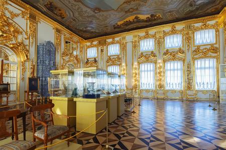 Russian palace: San Petersburgo, Rusia - 17 de marzo, 2016: El interior del Palacio de Catalina en Ts�rskoye Selo. Fue la residencia de verano de los zares de Rusia, ahora es un famoso museo