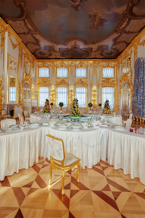 Russian palace: ST. PETERSBURG, RUSSIA - MARCH 17, 2016: The interior of the Catherine Palace in Tsarskoye Selo. It was the summer residence of the Russian tsars, now it is a famous museum