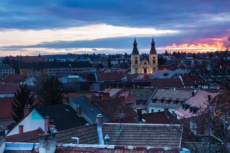 Sunset of Eger city, Hungary from above Standard-Bild - 137610239
