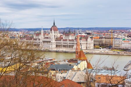Landscape view of Budapest city  with the Hungarian parliament building at Danube river, Hungary Standard-Bild - 137610281