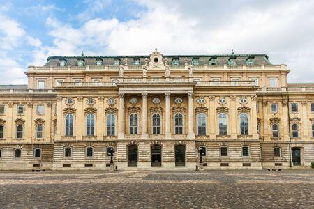 Budapest, Hungary - March 08, 2019: Hungarian National Gallery  (also known as Magyar Nemzeti Galeria) Standard-Bild - 137610291