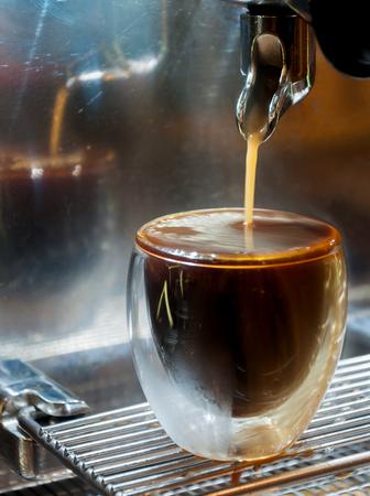 overflow: Overflow espresso in small glass