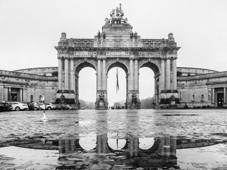 parc: BRUXELLES, BELGIUM - DECEMBER 13: Parc du Cinquantenaire, cloudy weather on December 13 in Bruxelles, Belgium.
