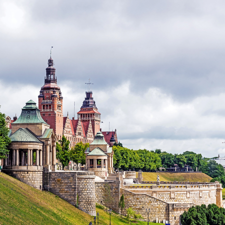 edifices: Szczecin, Poland - June 20, 2015: The Chrobry Embankment Waly Chrobrego, complex of terraces and edifices designed and built according to the concept of Wilhelm Meyer-Schwartau in the years of 1902-1921. Originally named Hakenterrasse in honor of then may