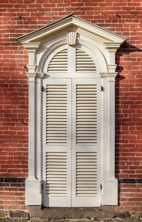 pediment: Federal Style Colonial Doorway with Arch and Pediment