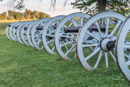 Line of cannons at Valley Forge National Historic Park, Pennsylvania Imagens