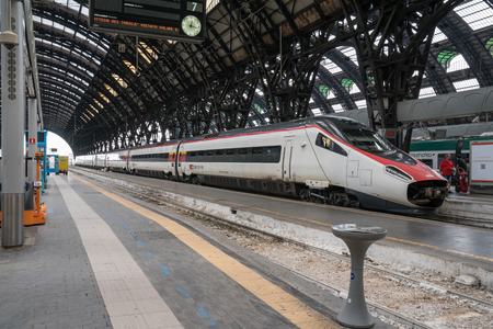 milánó: MILAN, ITALY – JULY 1: High speed train awaiting depature at the Milano Centrale train station in Milan, Italy Sajtókép