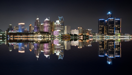 Detroit, Michigan  night skyline from across the Detroit river Stock fotó