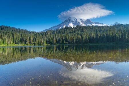 lenticular: Mount Rainier Reflection at sunrise on Reflection Lake Stock Photo