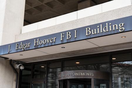 WASHINGTON, DC - MARCH 14, 2018: Front facade of the J. Edgar Hoover FBI Building in Washington DC 에디토리얼