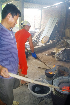 they will make ingots they sell it to smelters crafts. photo