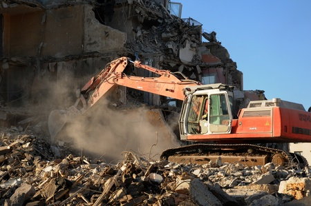vernietiging van een oud flatgebouw