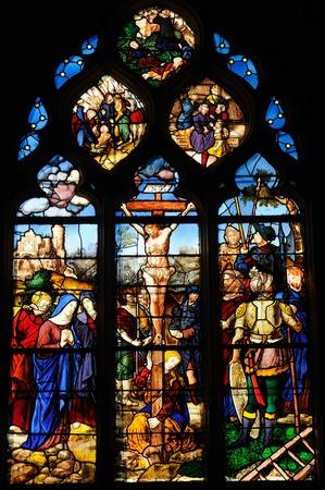 France, vitrail dans l'?glise Saint Martin de Triel