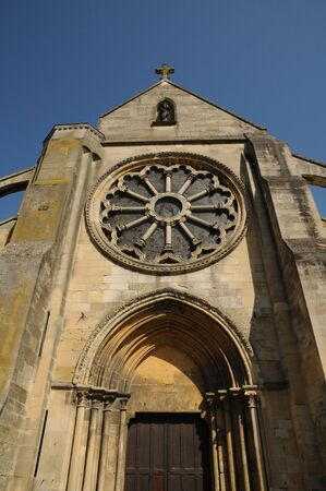 France, the church of Auvers sur Oise Stock Photo - 13147261