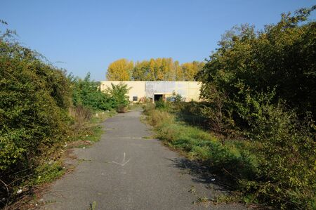industrial wasteland: France, industrial wasteland in Les Mureaux