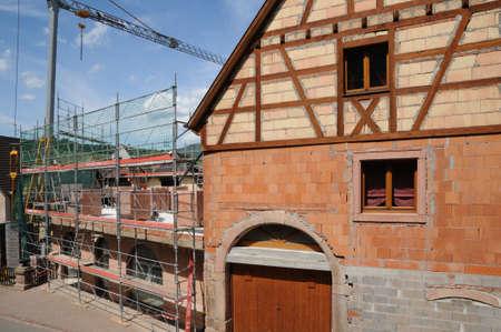 haut rhin: Haut-Rhin, el pueblo de Bergheim en Alsacia Foto de archivo