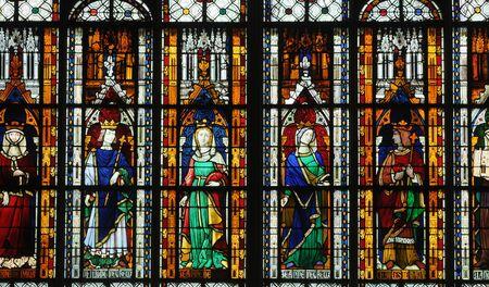 collegiate: collegiate church of Mantes La Jolie