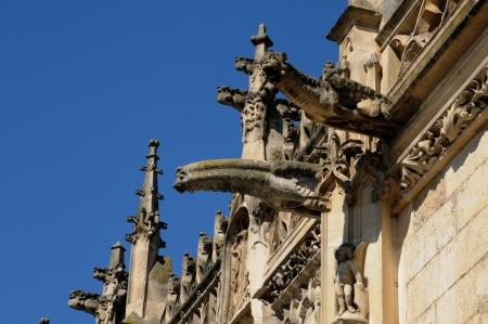 gargoyles: gargoyles on the church of Poissy