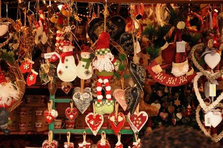 フランス、バ ラン県ストラスブールのクリスマス マーケット